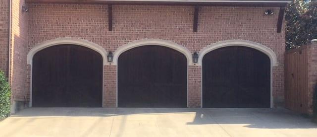 Action Garage Doors is the best garage door repair company in Highland Park, Texas. New garage doors and installation is our specialty.
