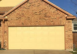 This is a beautiful install by technician 1 from Action Garage Doors install and repair in the city of Garland Texas from the head office in Plano